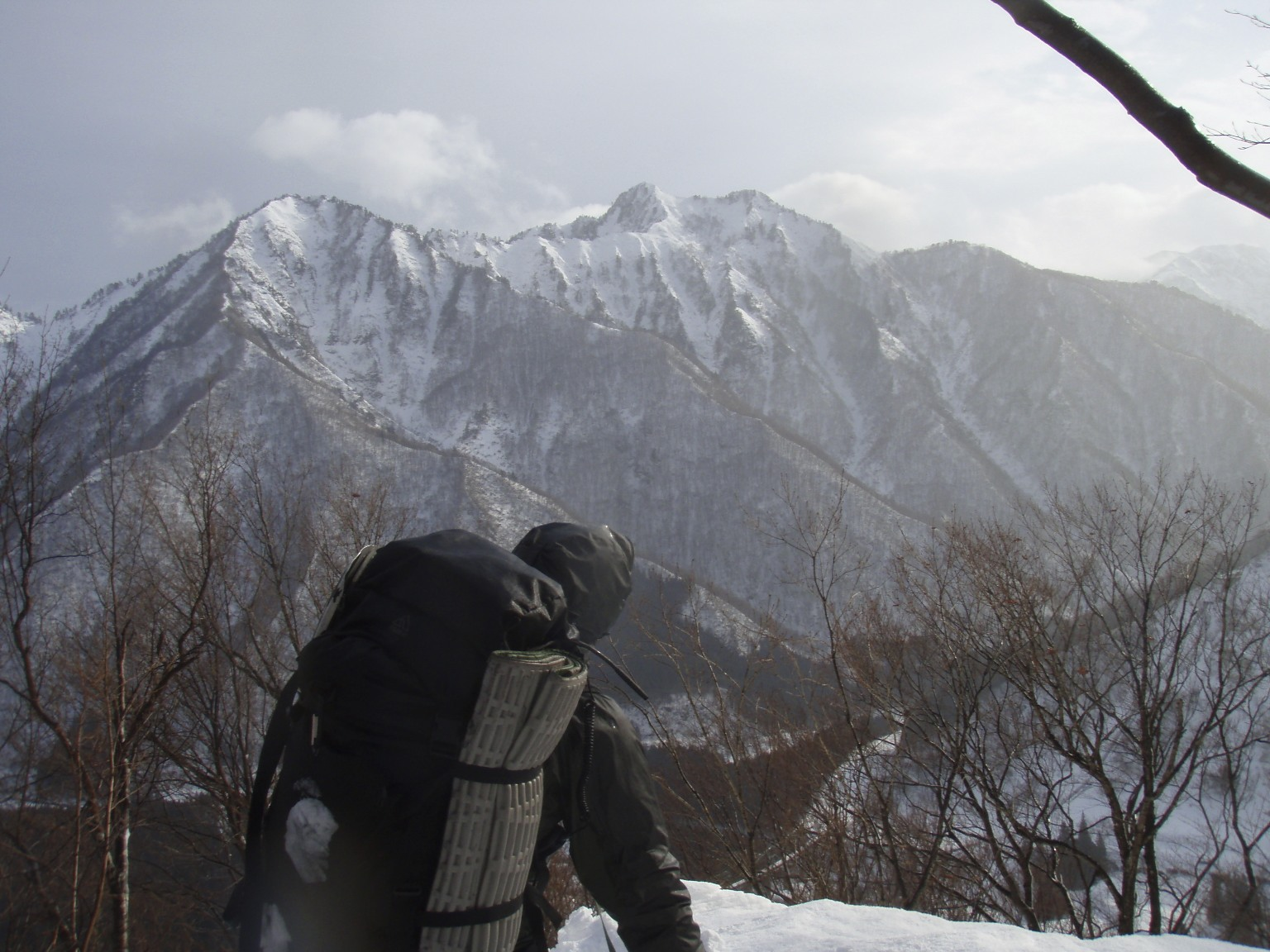 谷川連峰タカマタギ・雪洞泊!