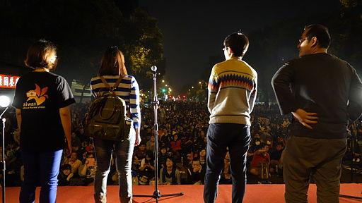 台湾の立法院占拠デモはなぜ起こっているのか?