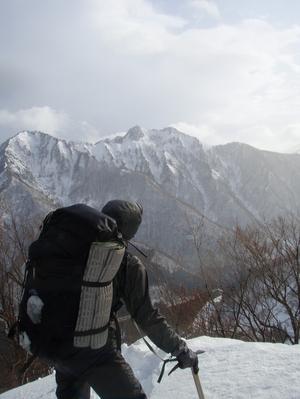 谷川連峰タカマタギ・雪洞の堀り方!